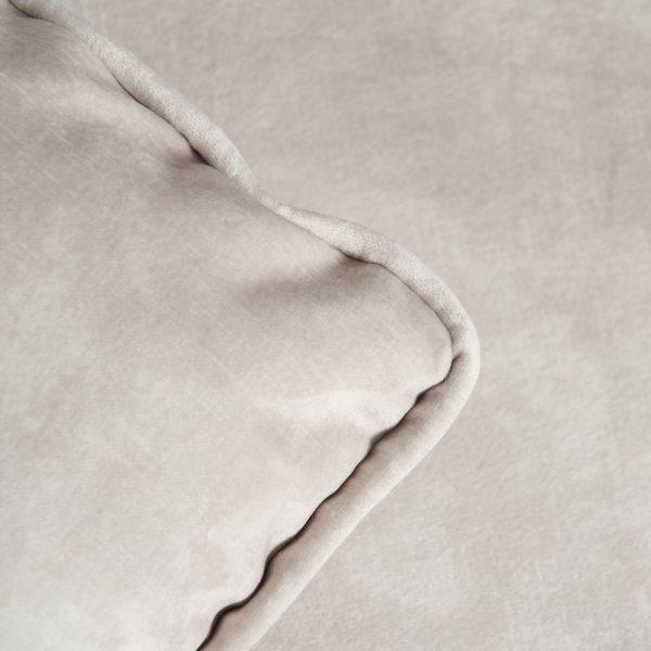 Sofá chaise longue beige tejido salón